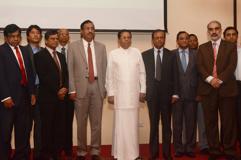 Participants at the Air Quality Symposium with Sri Lankan President Maithripala.